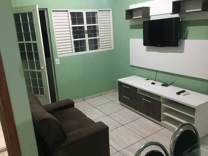 Apartamento familiar aconchegante e bem localizado