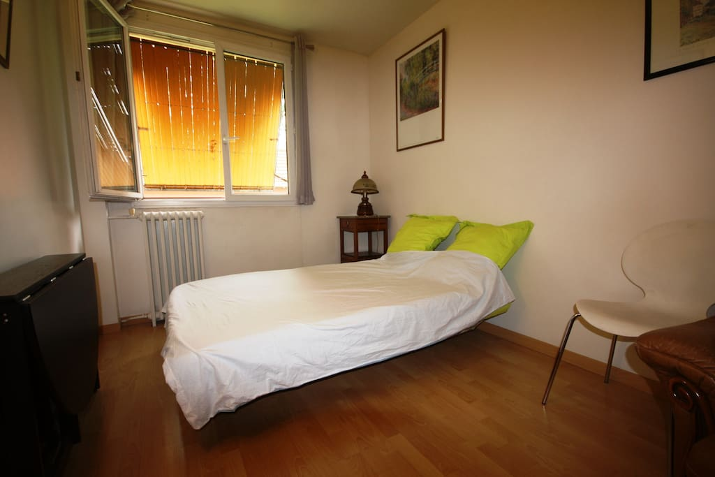 Chambre 2 - Bed room 2