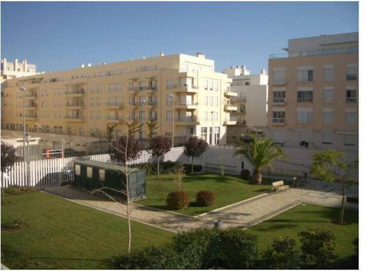 Cozy Apt. (4pax), Lisbon, 100mts from Tagus River