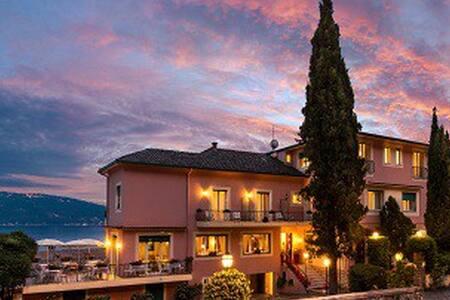 Villa Romantica- Classic Room, wifi