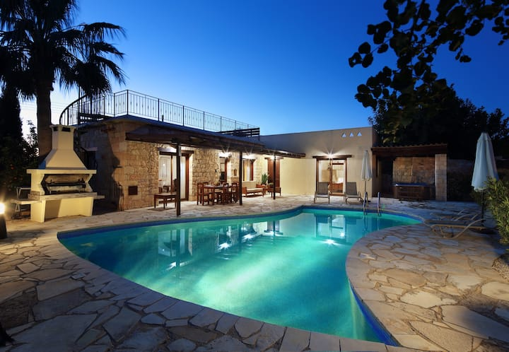 Villa Gardenia with private pool