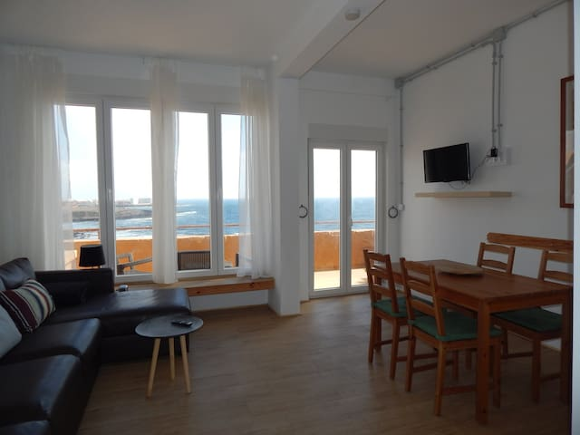 Big Cosy flat/loft for 2 or 4 Pers. directly Beach