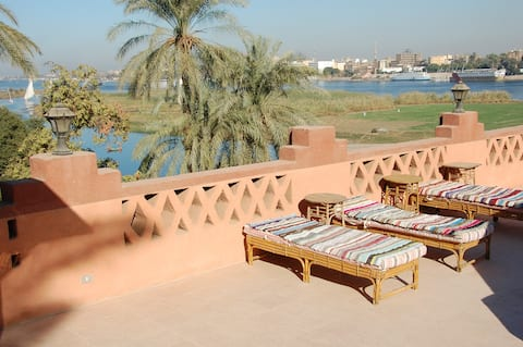 West Bank Villa with Private Pool in Luxor