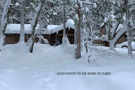 River Front Mountain Cabin in the California Alps!