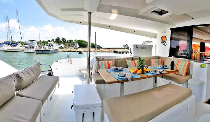 Sail Belize on Tranquilo, 47 ft 2018 FP Catamaran