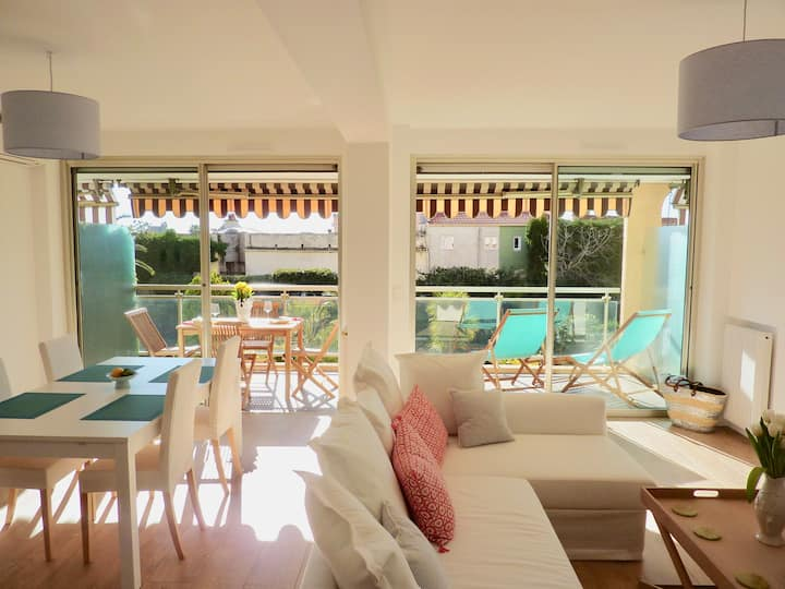 Tranquil and elegant apartment in Beaulieu s/Mer