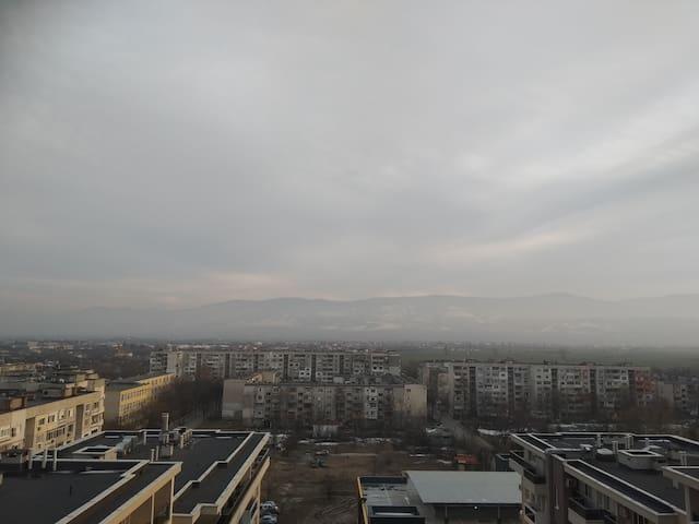 Пловдив Дом с изглед към Родопите