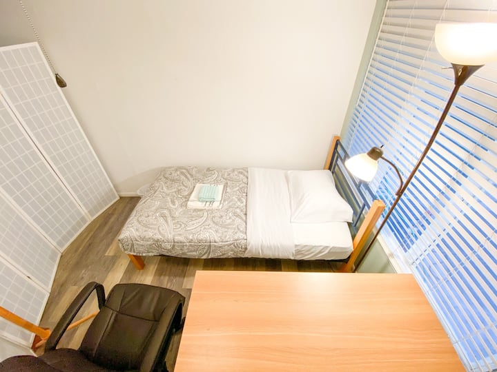 #W/Share Room in Living Room/New Furniture