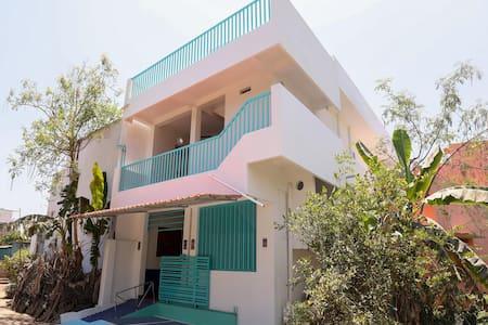 OYO - Big Savings! Spacious 2BHK Home, Pondicherry