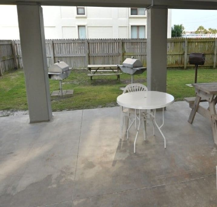 Covered Picnic Area & Grills