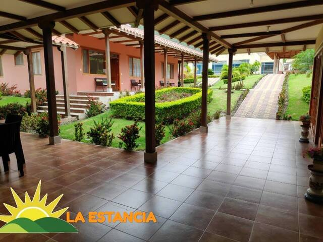 Hospedaje Suite5p +Piscina en Malacatos/Vilcabamba