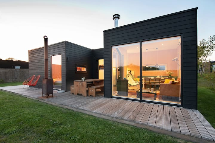 Design summer home on the island of Terschelling
