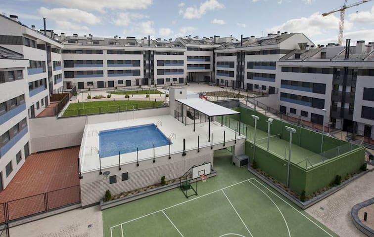 MADRID - PINTO PISO NUEVO  DE LUJO - Pinto - Apartament