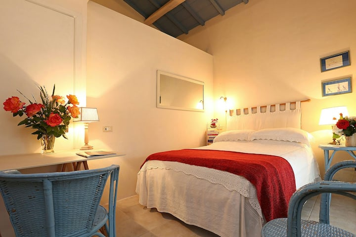 STUDIO 3 KM FROM THE SEA ... EXCELLENT!