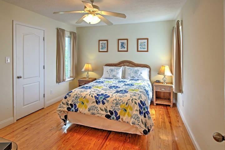 Chic Beachfront 3BR Ocean Springs Home! - Ocean Springs - Ev