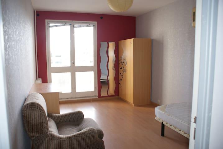 appartement sympa proche du centre de rennes - Rennes - Lejlighed