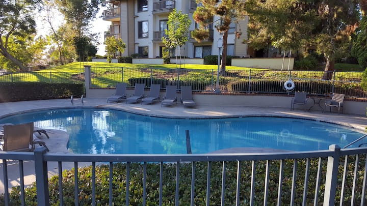 Furnished condo on a Golf course in Irvine