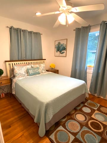 Guest Room near Downtown Fort Lauderdale