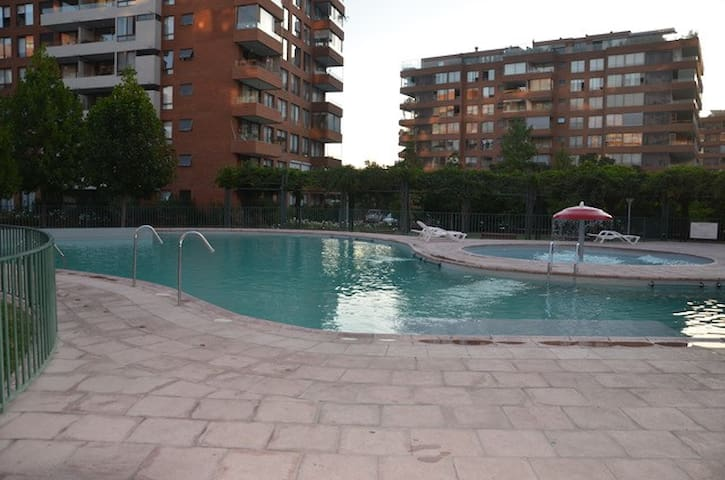 excelente ubicación, very close to Ski Areas! - Vitacura - Appartement
