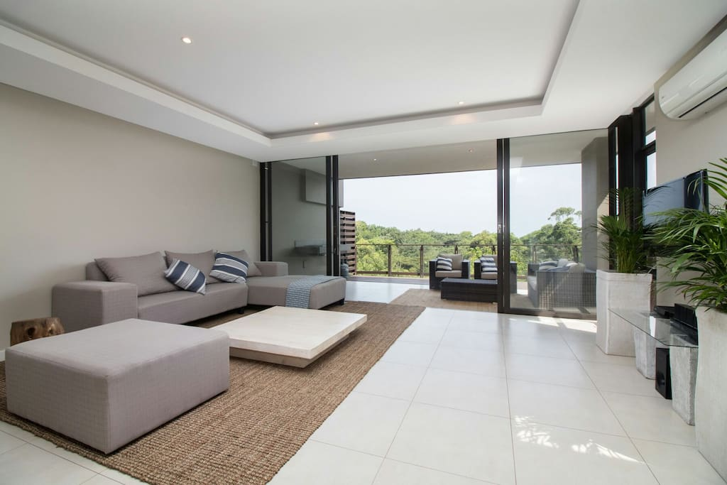 Open and modern decor