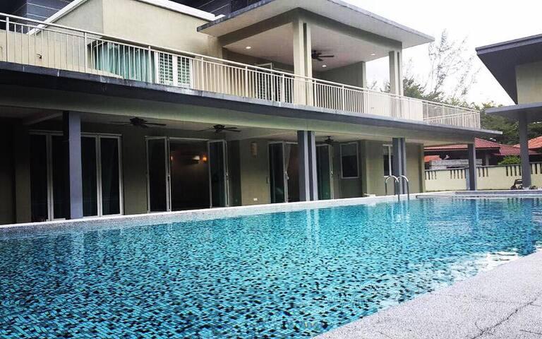 Villa Country Heights - Kajang - Domek parterowy