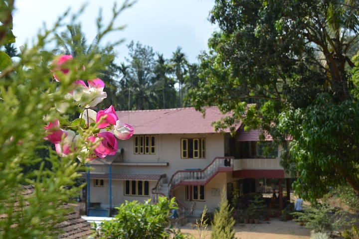 Coorg Vintage Woods - Best Homestay in Coorg!!