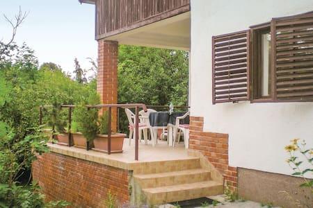 Holiday apartment with 1 bedroom on 60m² in Balatonakarattya