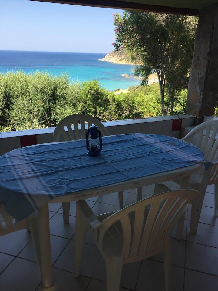 Villa  indipendente panoramica a 5 minuti dal mare