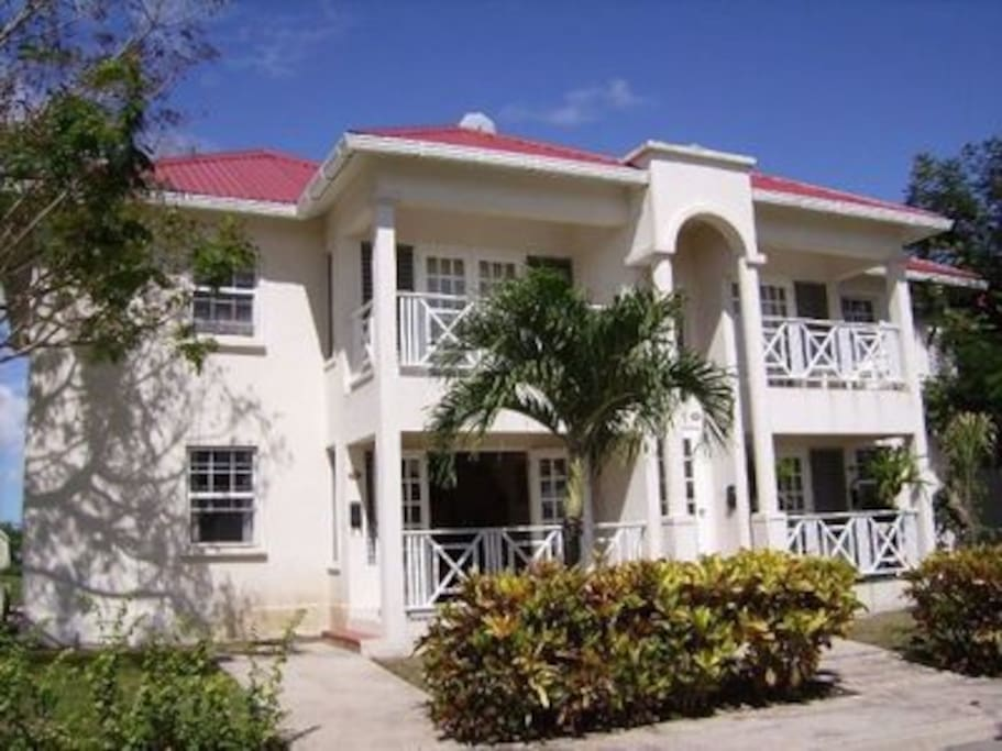 Crystal Court Apartments For Rent In Clermont Saint James Barbados