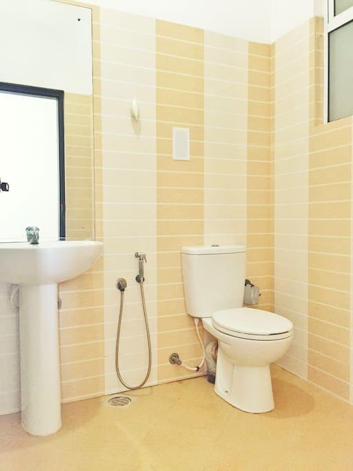 与房主分开的独立卫生间