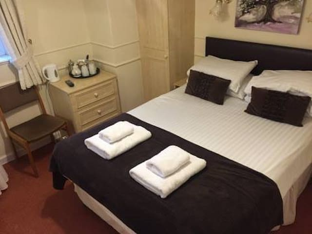 Symonds Yat Self Catering Simpson - Whitchurch