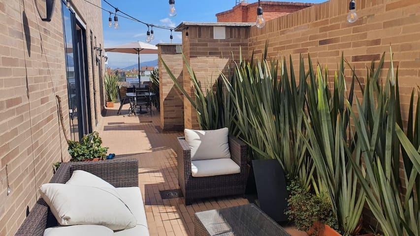 Apartamento con terraza privada de 44m2