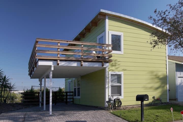 Architectural gem in Echo Park/Elysian Valley!