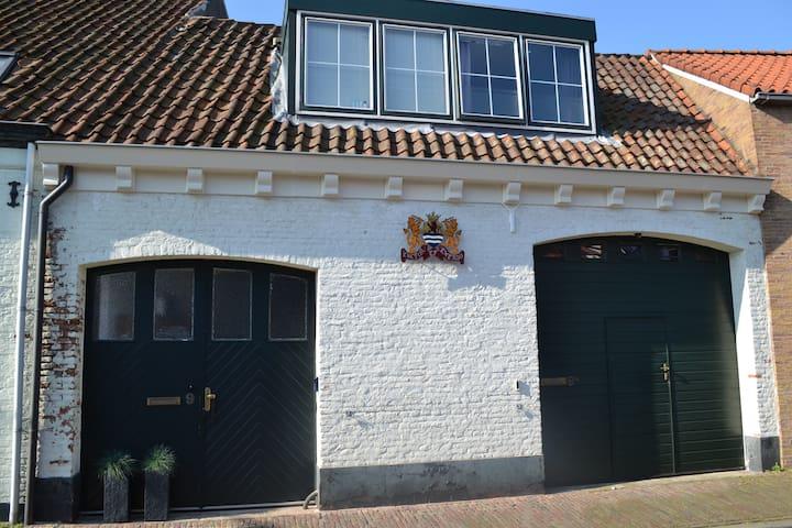 """B&B de Burgemeester """"van Middelburg"""""""
