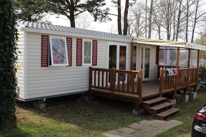 Mobilhome dans camping 4 étoiles - Finistère Sud