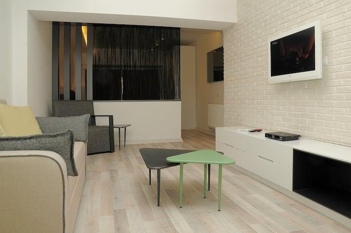 Alsancak İzmir full eşyalı luks apartman dairesi