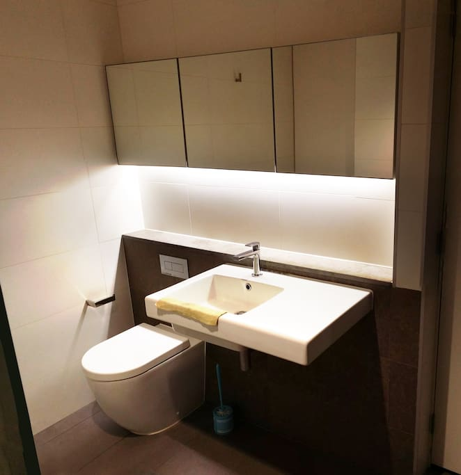 melbourne cbd private room appartamenti in affitto a melbourne victoria australia. Black Bedroom Furniture Sets. Home Design Ideas