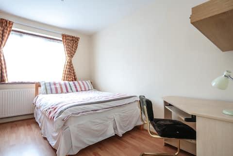 Spacious comfortable double bedroom