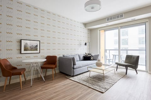 Sonder *Monthly Discounts* 1BR in Downtown East