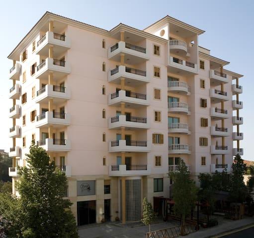 Klimentos Flat 34