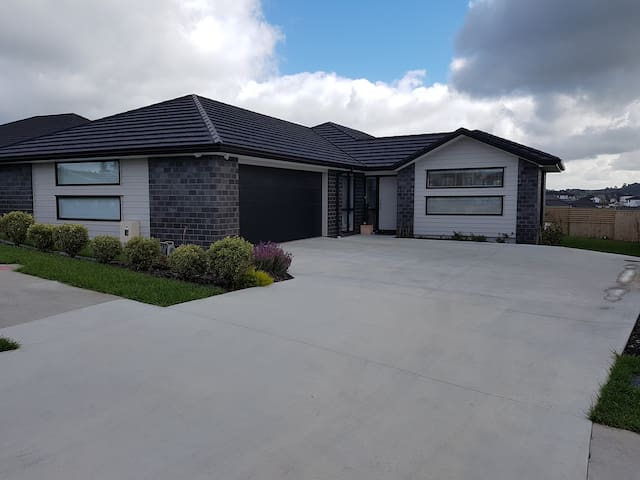 Modern home near the beaches - Silverdale - Ev
