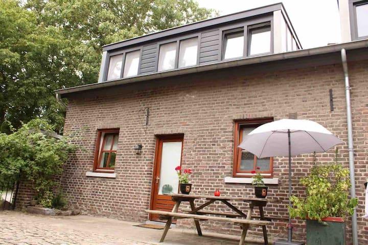 'Puur Maastricht' - pittoreske woning in boerderij