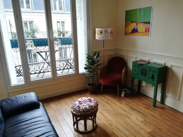 Room in the bohemian neighbourhood of Charonne