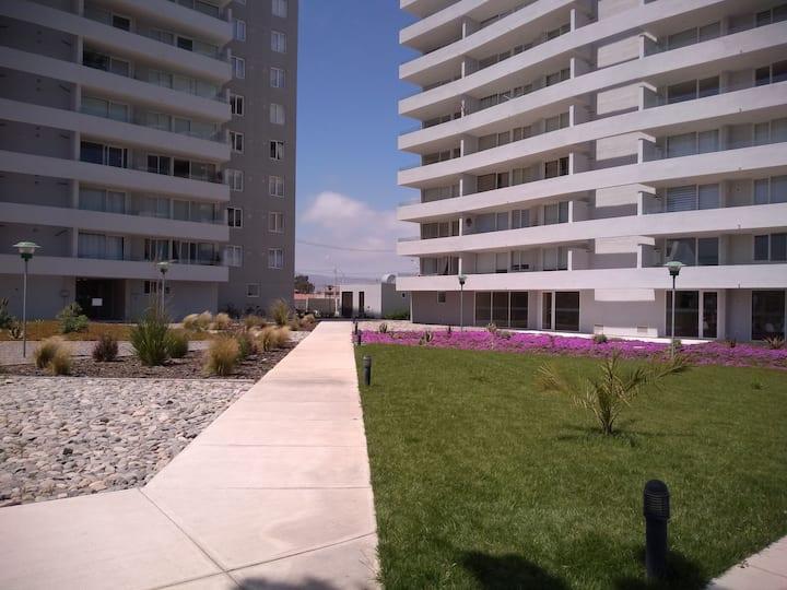 A pasos de la playa sector 4 esquinas piso 5