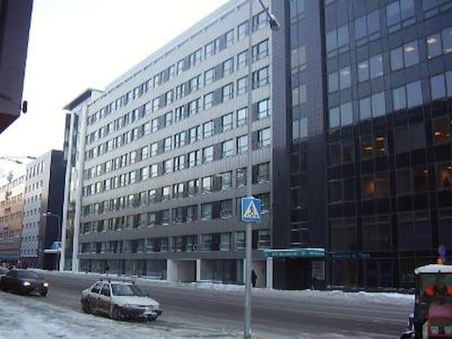 Jõe street 5, 1-room apartment, close to harbor.