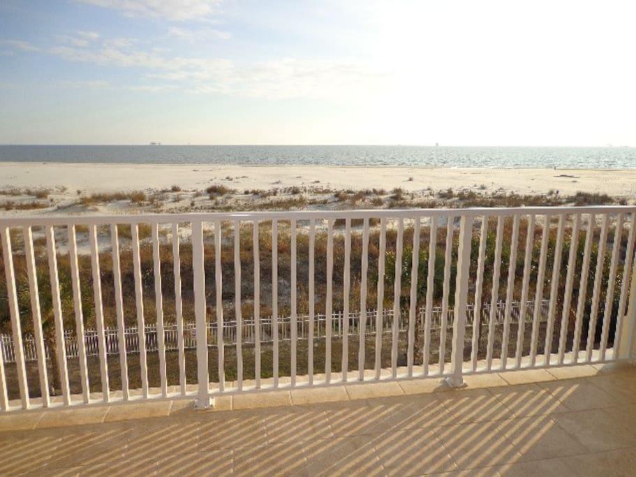 DI Beach Club 308-Balcony View