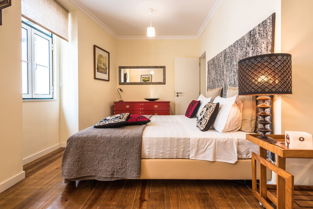 Bedroom with double beds that can turn into a queen bed, when previously requested.