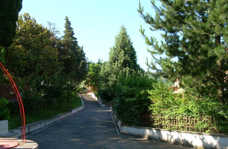 Casetta con giardino - Provincia di Benevento