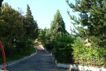 Casetta con giardino - Provincia di Benevento - อพาร์ทเมนท์