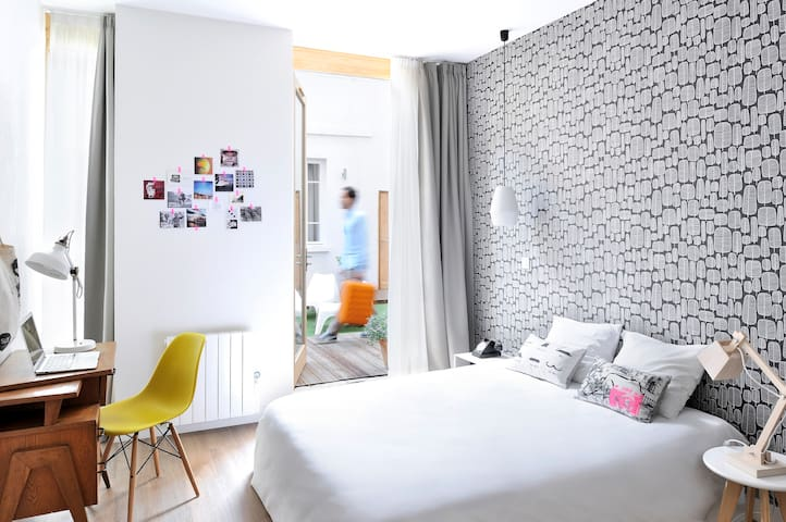 SLO Living Hostel - Chambre privée